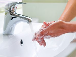 hands washing in water