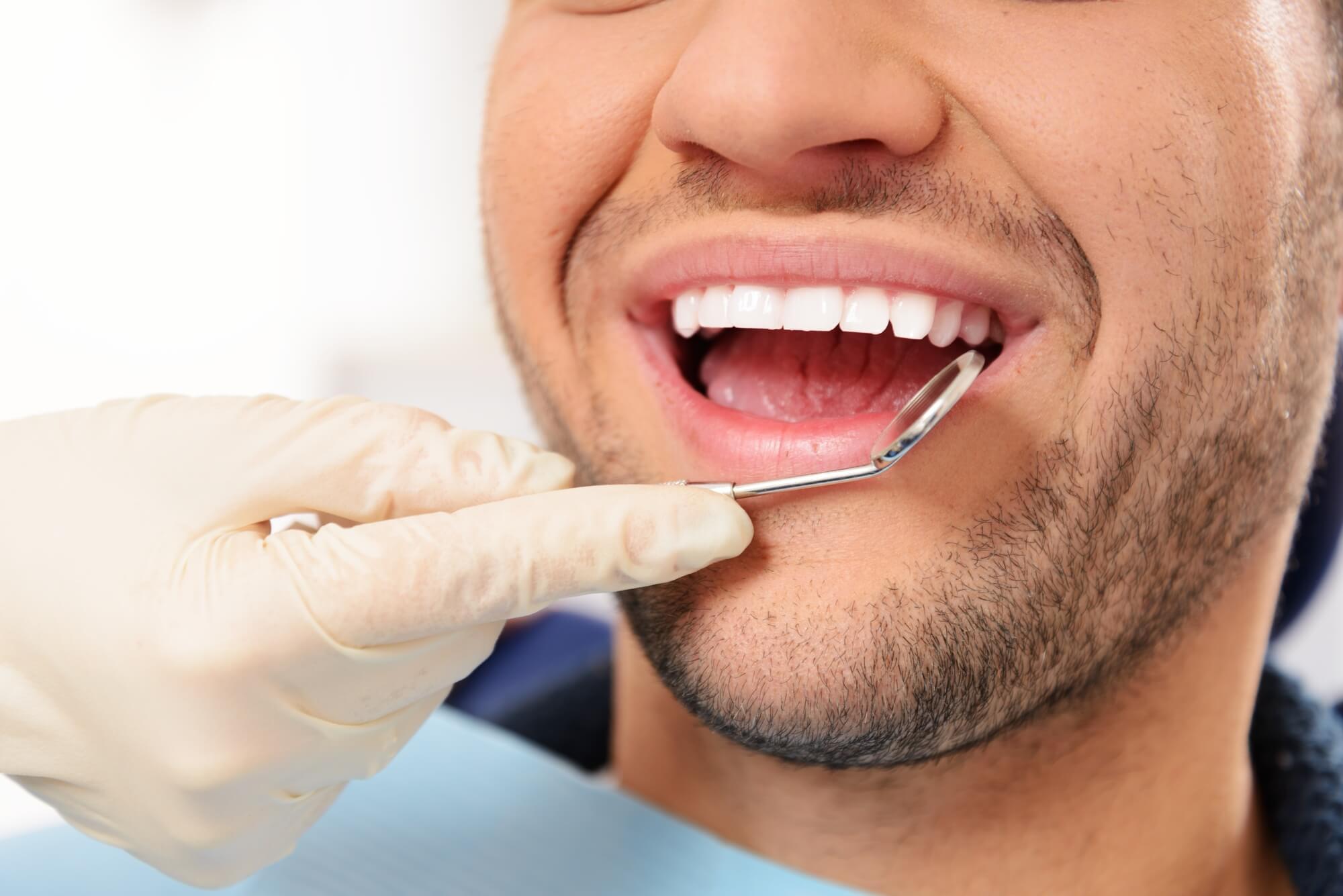 where can i get dental implants in oak park?