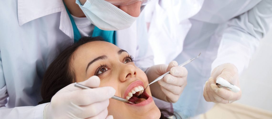 where can I find the best oak park dentist?
