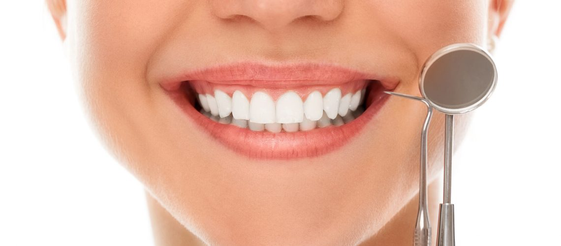 who offers the best veneers oak park?